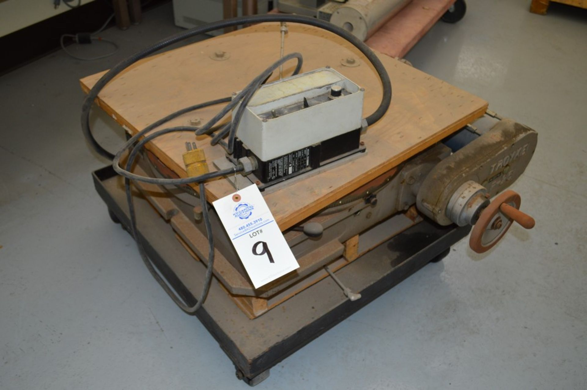 Troyke Model P25 full 4th electric rotary table with low speed gear, 1 reducer and motor speed