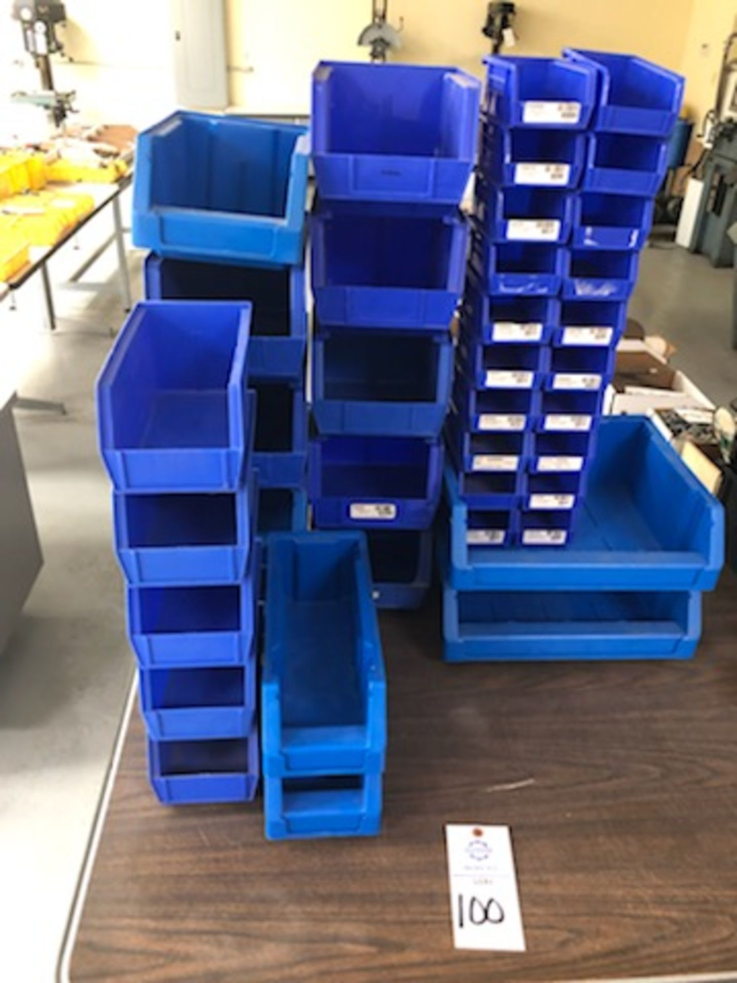 Assorted hard plastic blue parts bins of various sizes - Image 3 of 3