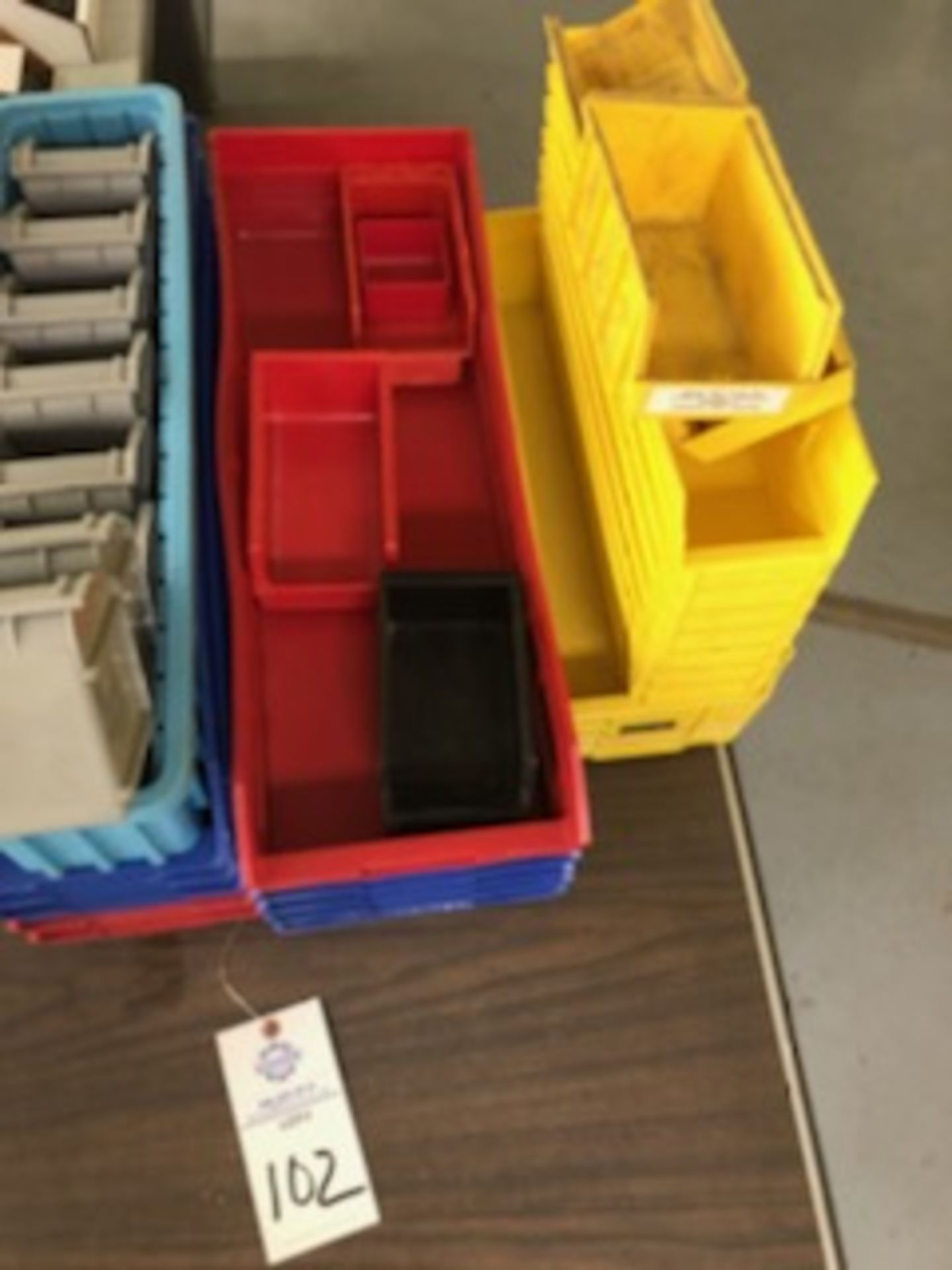 Assorted hard plastic parts bins in various sizes - Image 3 of 4