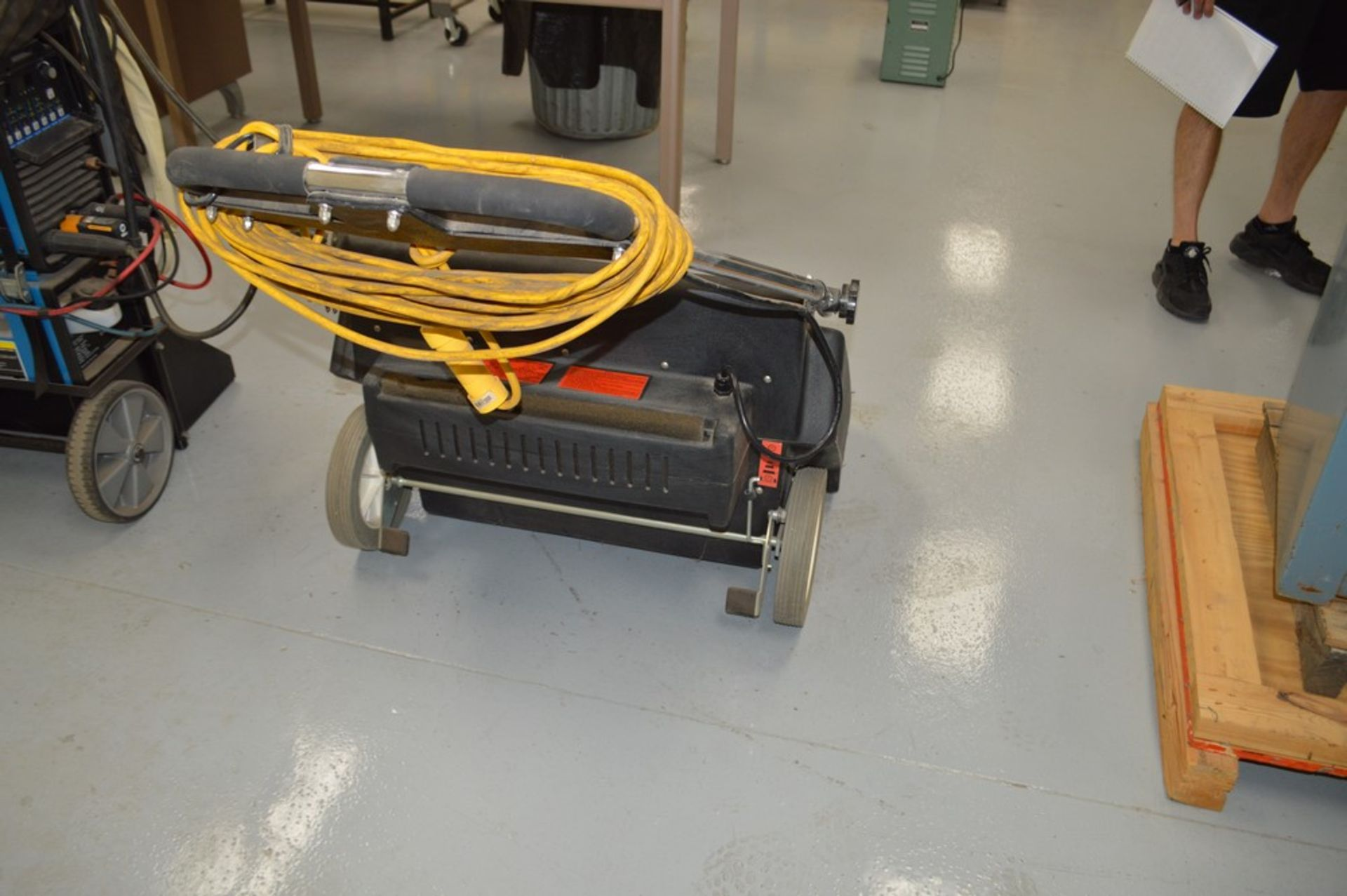 NSS, Super Suction Floor Vacuum Cleaner Model Pacer 30 - Image 5 of 5