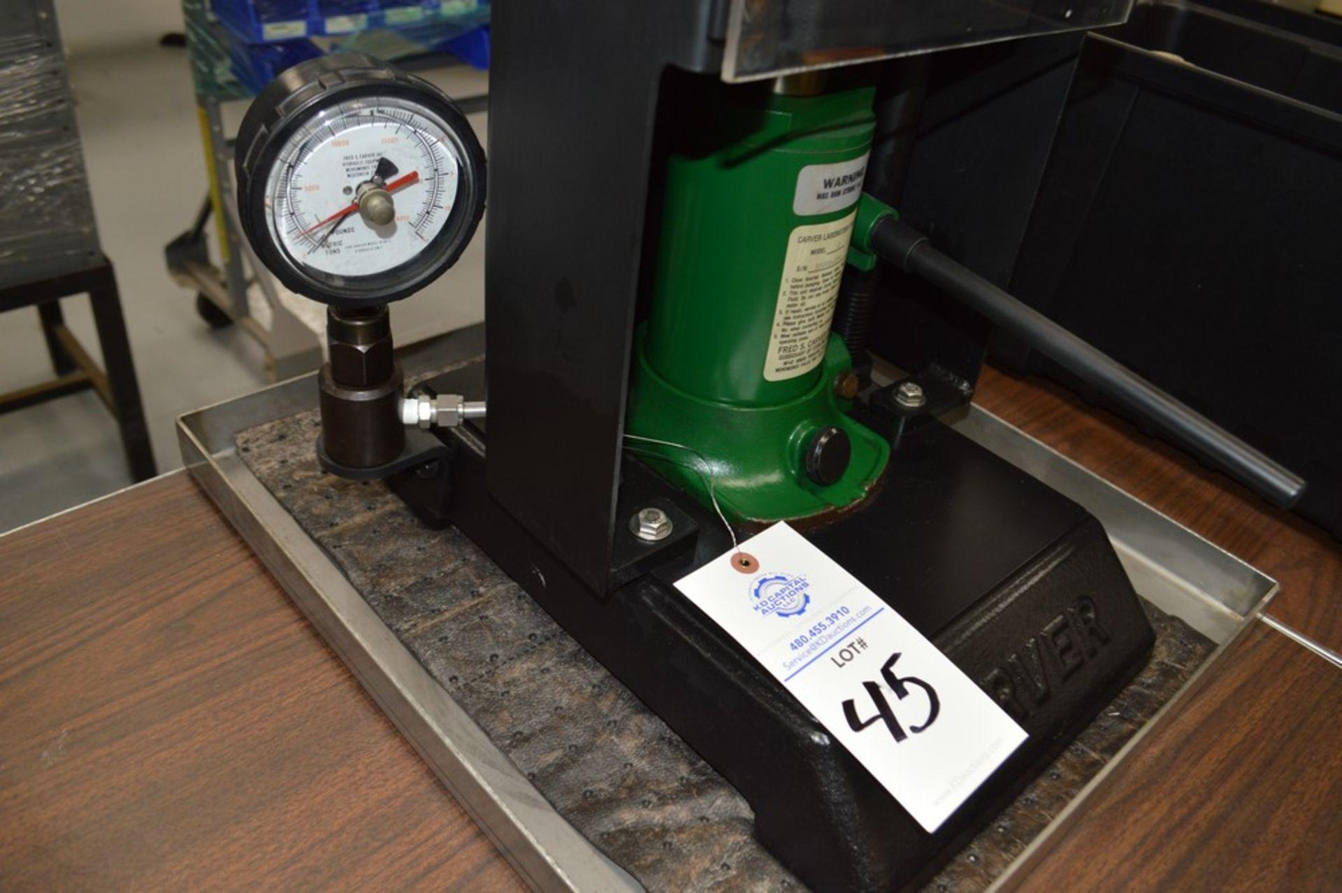 "Carver Model C Laboratory Press, 5 1/8"" max ram stroke, on metal tray - Image 4 of 4"