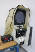 Deltronic DH214 Optical Comparitor with Deltronic 612-R DRO Includes Inspection Accessories