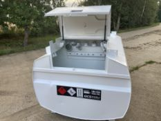 Western Abbi 2000 litre bunded tank with hand pump