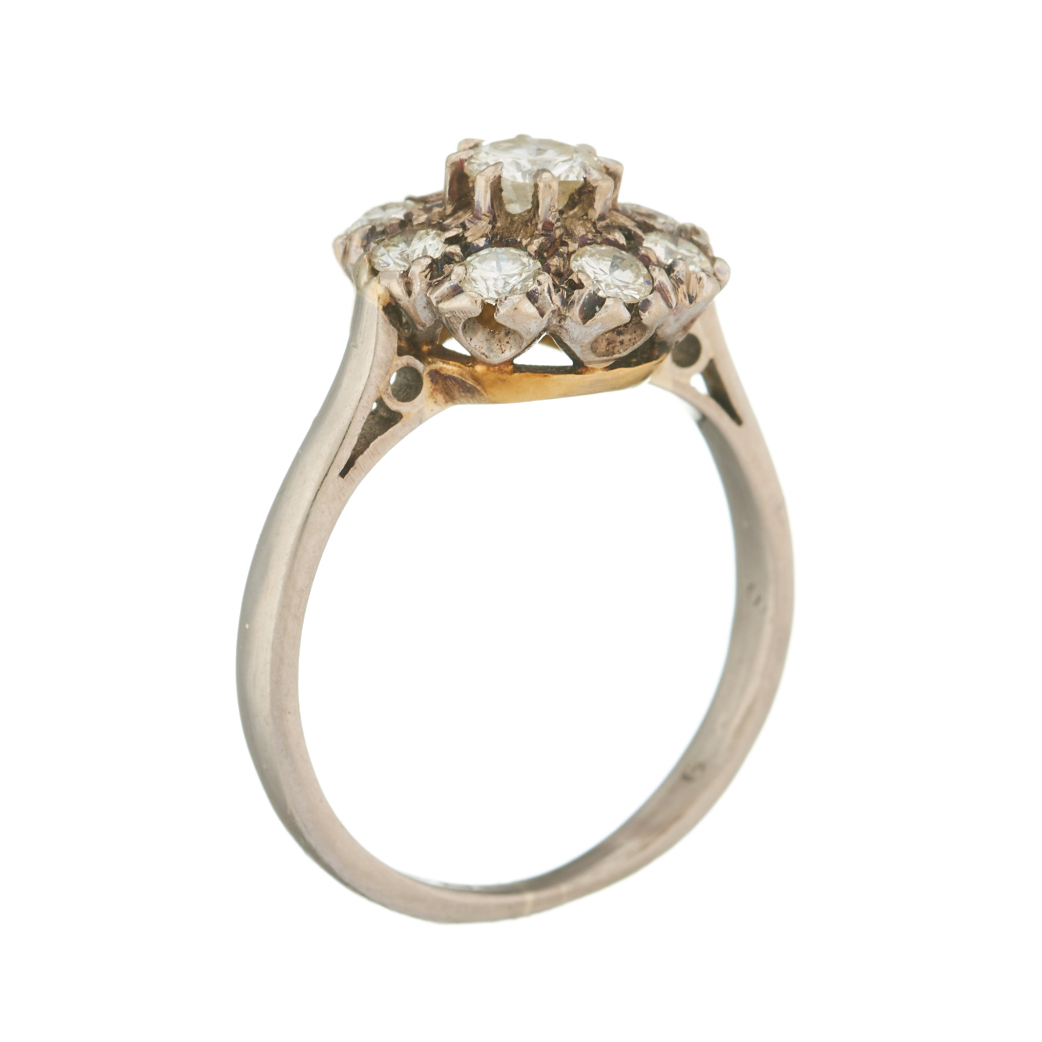 An 18ct gold diamond floral cluster ring - Image 2 of 2