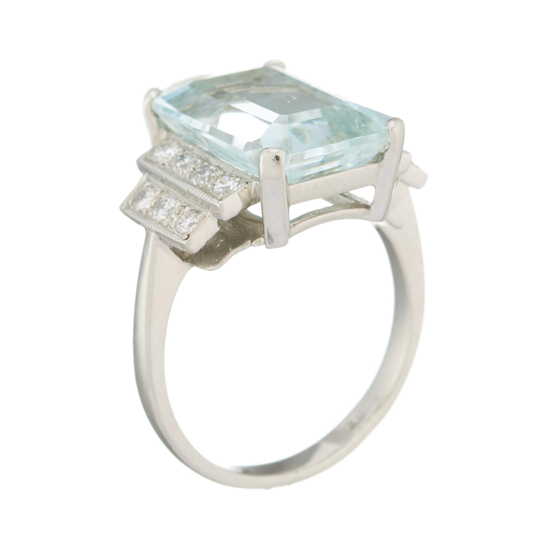 A platinum aquamarine and diamond dress ring - Image 2 of 2