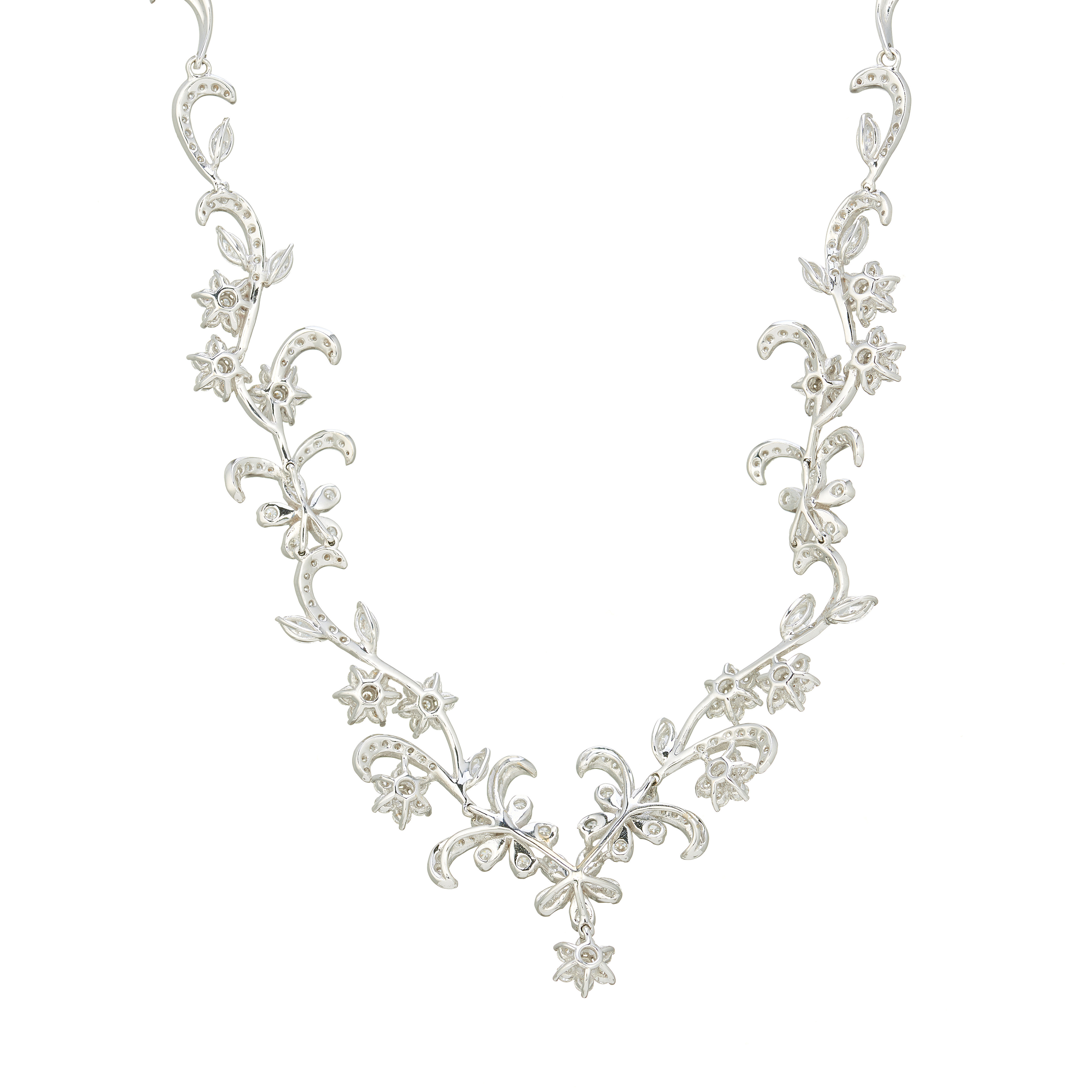 An 18ct gold diamond floral and foliate necklace - Image 2 of 3