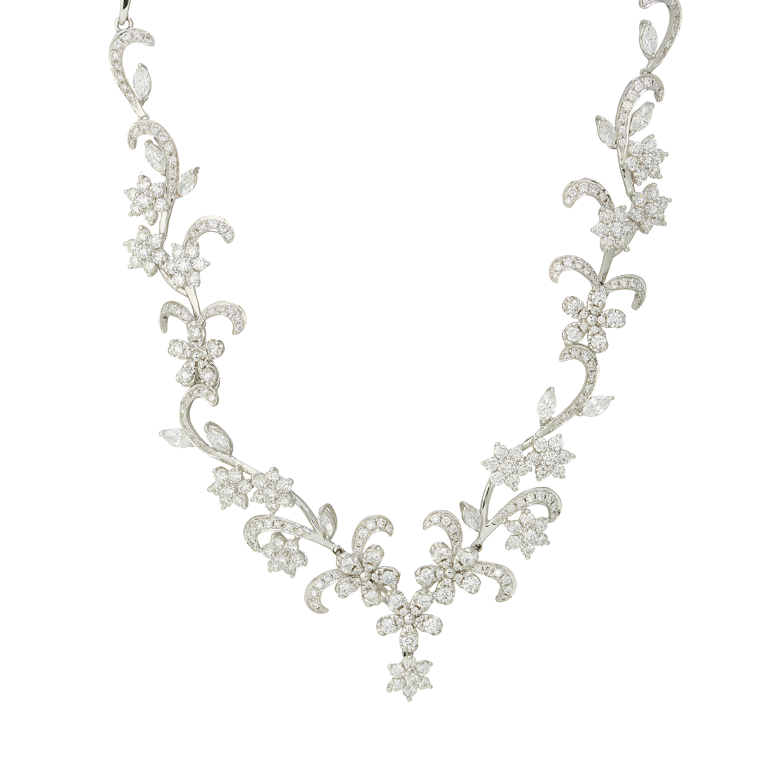 An 18ct gold diamond floral and foliate necklace