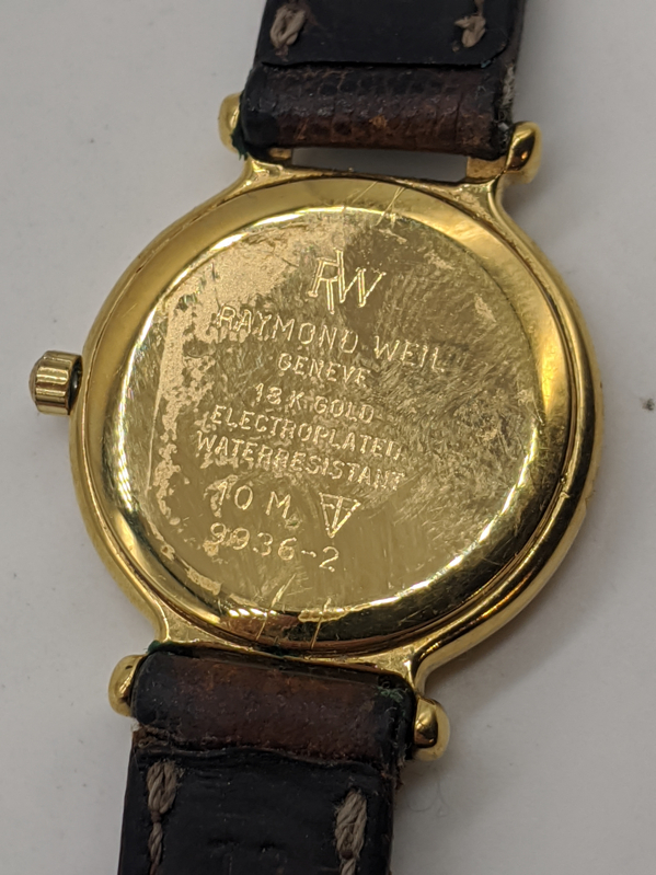 A Raymond Weil 18ct gold plated ladies wristwatch, quartz motion, brown leather strap, D.2.5cm - Image 2 of 2