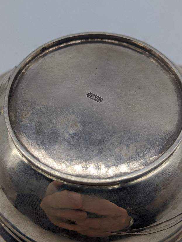A Chinese silver bowl and cover, etched bamboo decor, 250g, D.13cm - Image 2 of 2