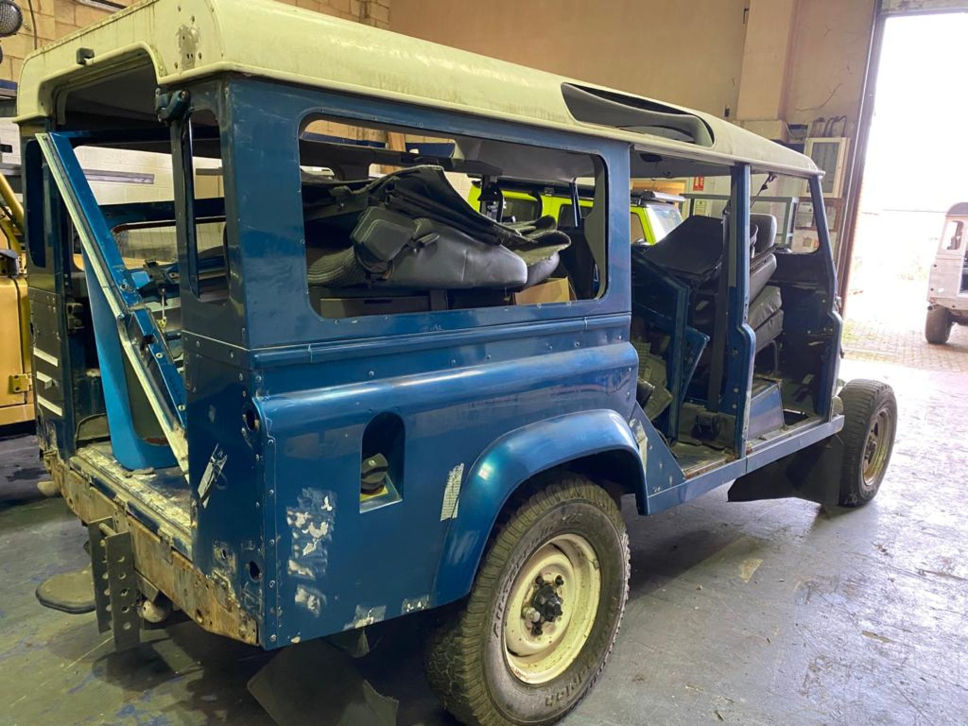 Land Rover 110 County, 300 TDI Engine Appears Mostly Complete - No Bumper, Bonnet, Glass etc As - Image 2 of 26