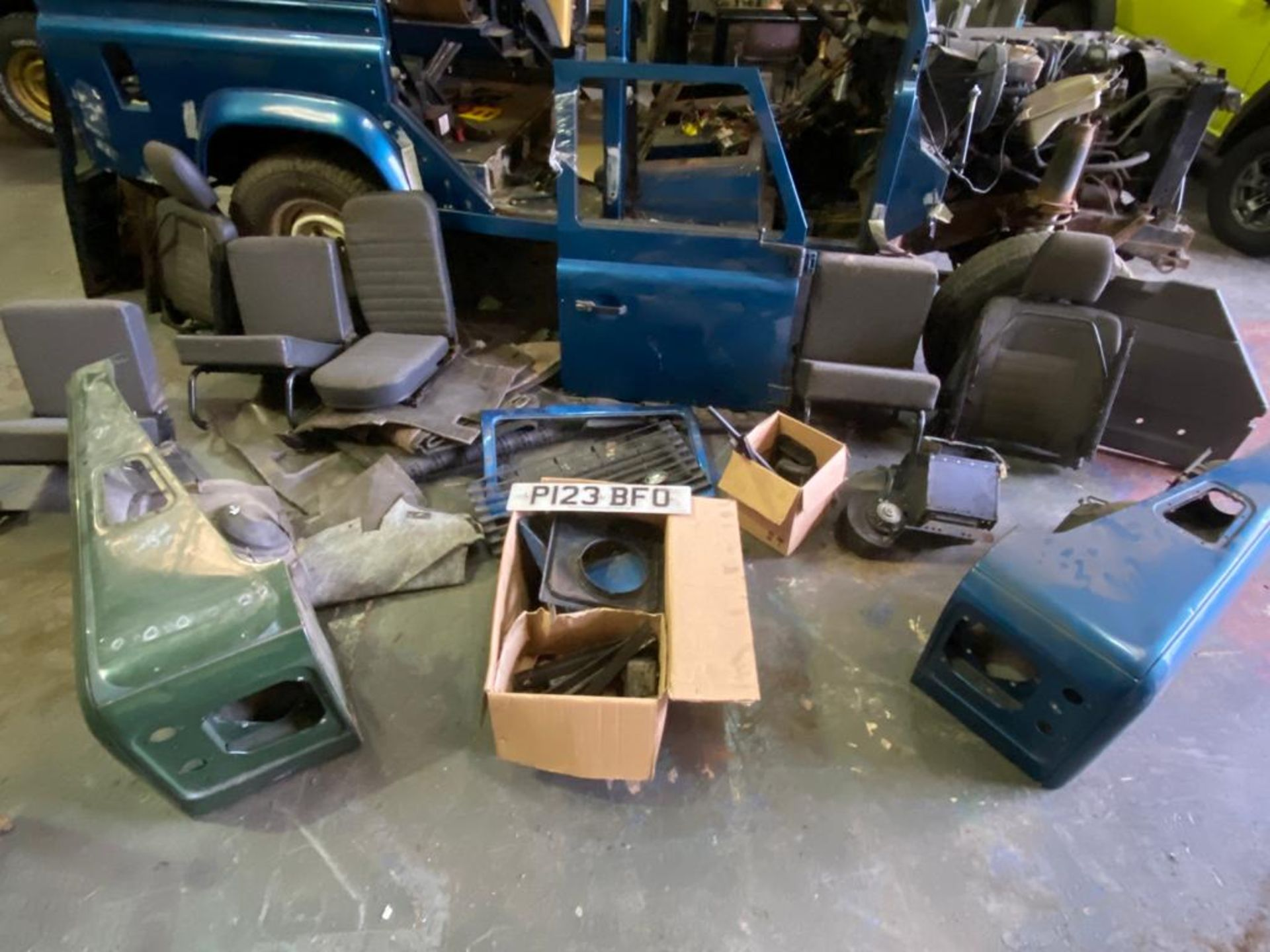 Land Rover 110 County, 300 TDI Engine Appears Mostly Complete - No Bumper, Bonnet, Glass etc As - Image 15 of 26