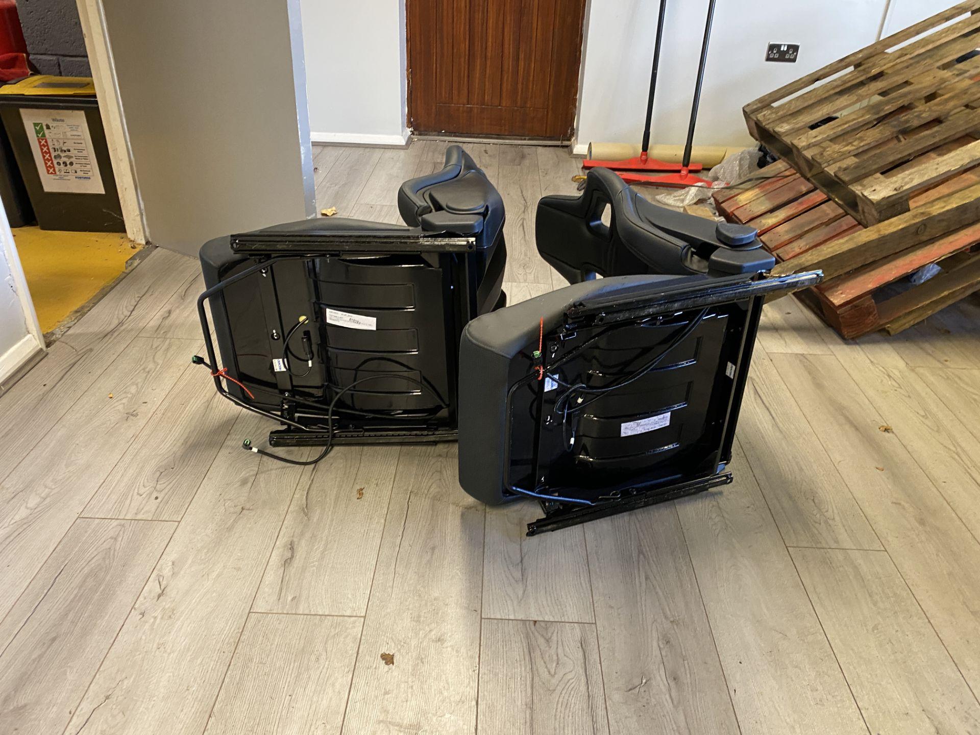Pair of LH & RH Genuine Recaro Defender Heated Seats - Image 22 of 35