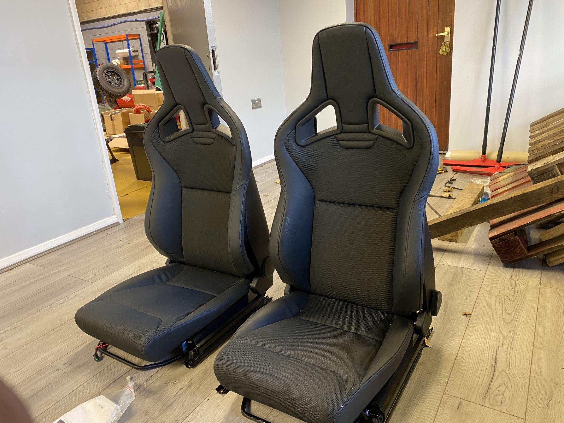 Pair of LH & RH Genuine Recaro Defender Heated Seats - Image 15 of 35