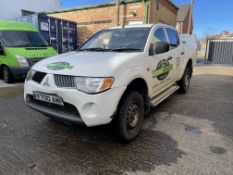 Mitsubishi L200 4 Life DI-D, 2,477cc Diesel Double Cab Pick Up Truck, Registration No. V700 AMP,