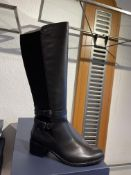 Caprice 6 Pairs: Black Comb Boots 9-25507-25 019. Sizes 3.5 - 6.5 (RRP 120)