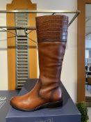 Caprice 1 Pairs: DK Brown Nappa Boots 9-25511-25 337. Size 4 Caprice 2 Pairs: DK Brown Nappa Boots