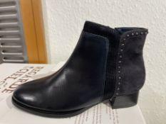Regarde Ciel 6 Pairs: Glove/Etna/Fence Navy/Navy/Blue Boots Cherry-02 Var. 5335. Sizes 36 - 40 (