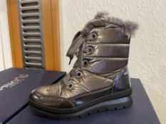 Caprice 6 Pairs: Stone Comb Boots 9-26207-25 239. Sizes 4 - 7 (RRP £69.99)