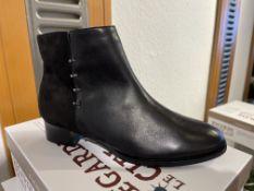 Regarde Ciel 3 Pairs: Glove/Etna Black Boots Cherry-07 Var. 5301Sizes 37 & 39 (RRP £89.99)