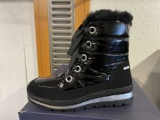 Caprice 4 Pairs: Black Comb Boots 9-26207-25 019. Sizes 4 - 8 (RRP £69.99)