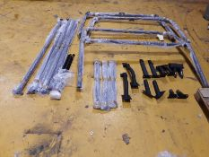 Landrover Heavy Duty External roll cage