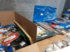 Quantity of Landrover Seals - Gaskets - Bolts -Sump gaskets and More