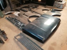 Mixed Lot of Range Rover Believe LSE Parts