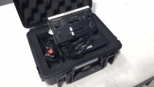 Roland V-02HD Switcher / PSU / Flight case