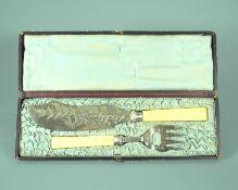 Englisches FischbesteckSilber plated, jeweils mit einigen Punzen versehen. Fischbestec