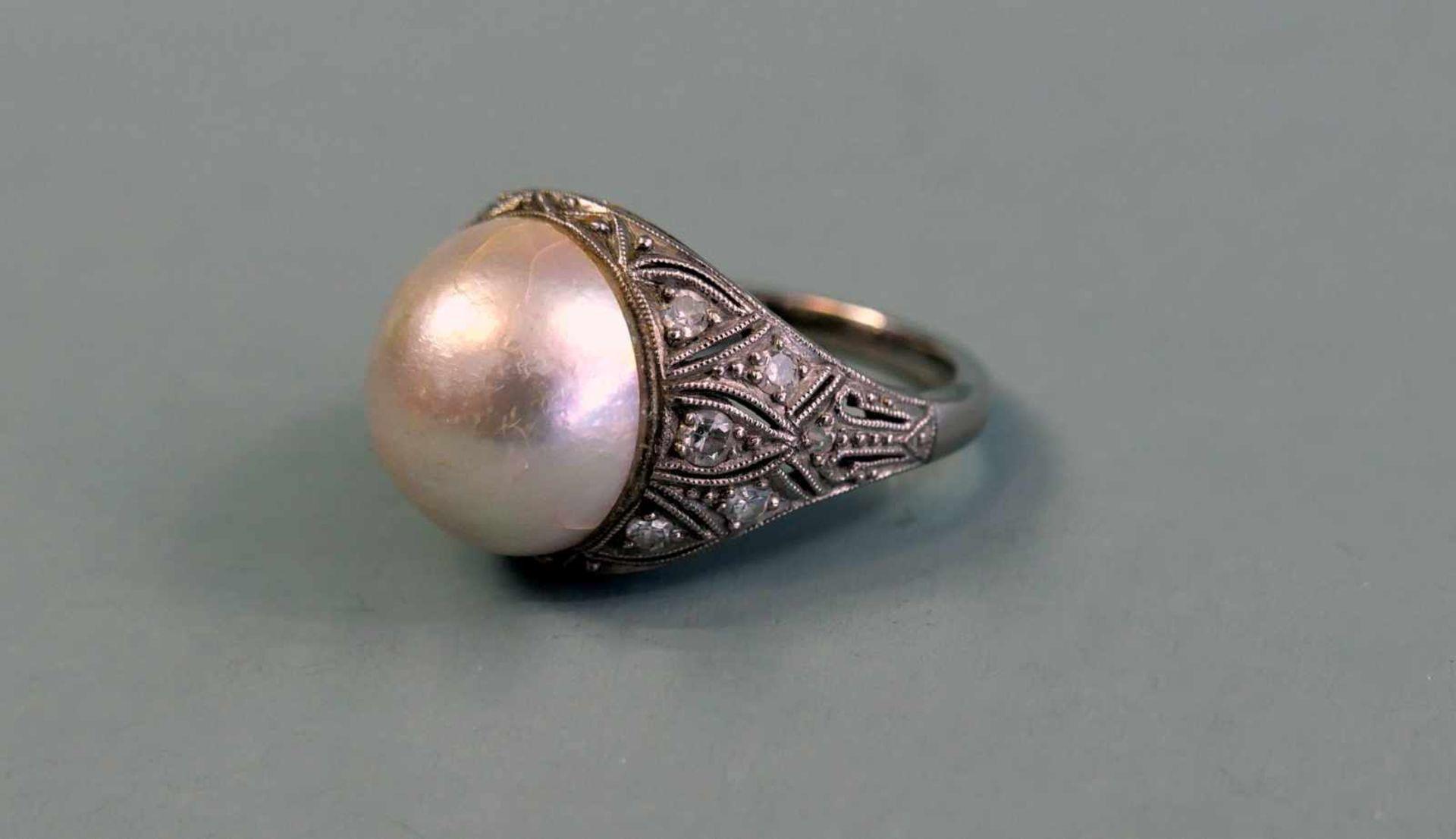 Art-déco-Damenring mit Perle14 K Weißgold. Feiner Perl-Diamantring mit einer schöne
