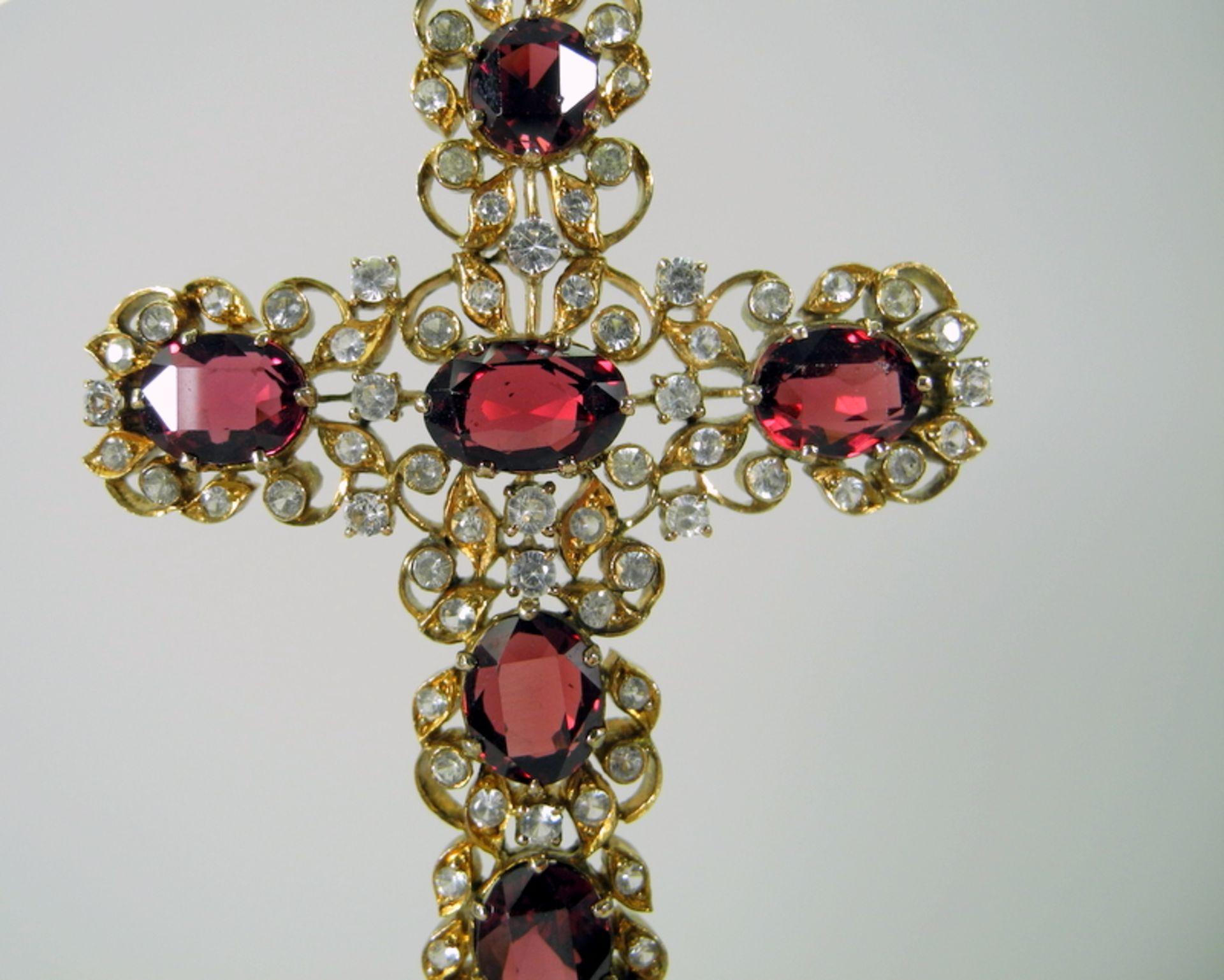 Kreuz mit Bruststern-Anhänger in barocker Form14 K. Gelbgoldenes Kreuz als Anhänger - Image 2 of 2