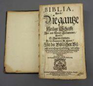 Alte BibelAlte Bibel in Ledereinband. Ehemals mit Montur, diese jedoch nicht mehr vorh