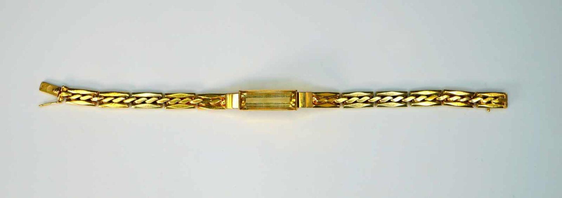 Feines Armband14 K Gelbgold. Damenarmband besetzt mit einem Rauchtopas in Baguette-Sch