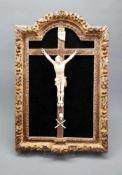 Christus am KreuzBein/Holz. Corpus Christi an Kreuz auf Rahmung. Vollplastischer Corpu