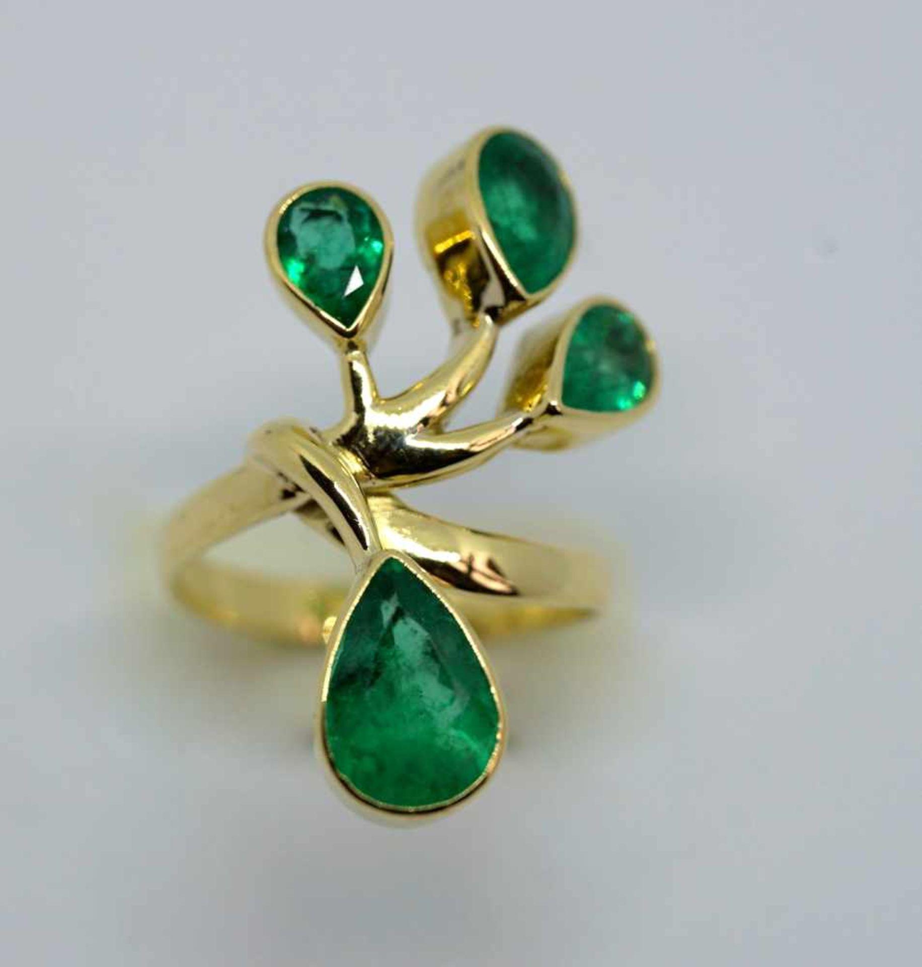 Außergewöhnlicher Smaragdring18 K Gelbgold. Damenring in Blumenform, besetzt mit 4 k - Image 4 of 4