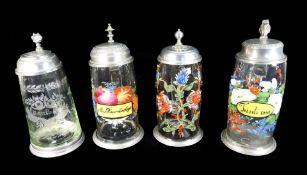 Konvolut von vier Hochzeitskrügen Farbloses Glas mit polychromer Emaillemalerei und e