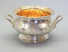 Hübsche Zierschale Silber 12 Lot, am Boden mit Feingehaltsstempel sowie Meistermarke