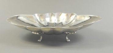 Elegante Anbietschale Silber 800, am unteren Rand mit Feingehaltsstempel und italienis
