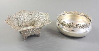 Paar feine Anbietschalen Silber 800, am Rand mit Feingehaltsstempel, Land- und Herstel