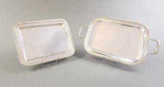 Paar kleiner Tabletts Silber 800, mit Feingehaltsstempel, Land- und Herstellerpunze au