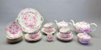 Meissen, Teeservice für sechs Personen Porzellan, am Boden mit unterglasurblauer Schw