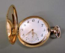 IWC, Guillochierte Savonette 14 K Gold Gehäuse, gestempelt. Metall-Staubdeckel. Weiß