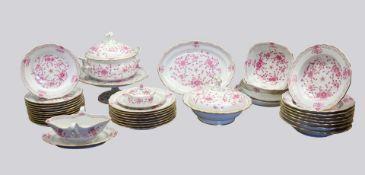 Meissen, Speiseservice für acht Personen Porzellan, am Boden mit unterglasurblauer Sc