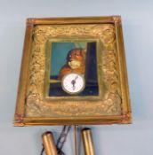 Biedermeier-Rahmenuhr Augenwender-Uhr. Verglaster, gekehlter Rahmen mit feinen Rocaill