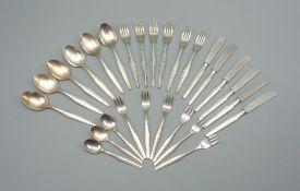 WMF, Besteck-Set für sechs Personen Silber plated, einzeln punziert. Das Set besteht