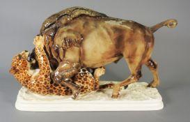 Hutschenreuther, Kampf eines Bisons mit einem Leoparden