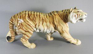 Hutschenreuther, Schreitender Tiger