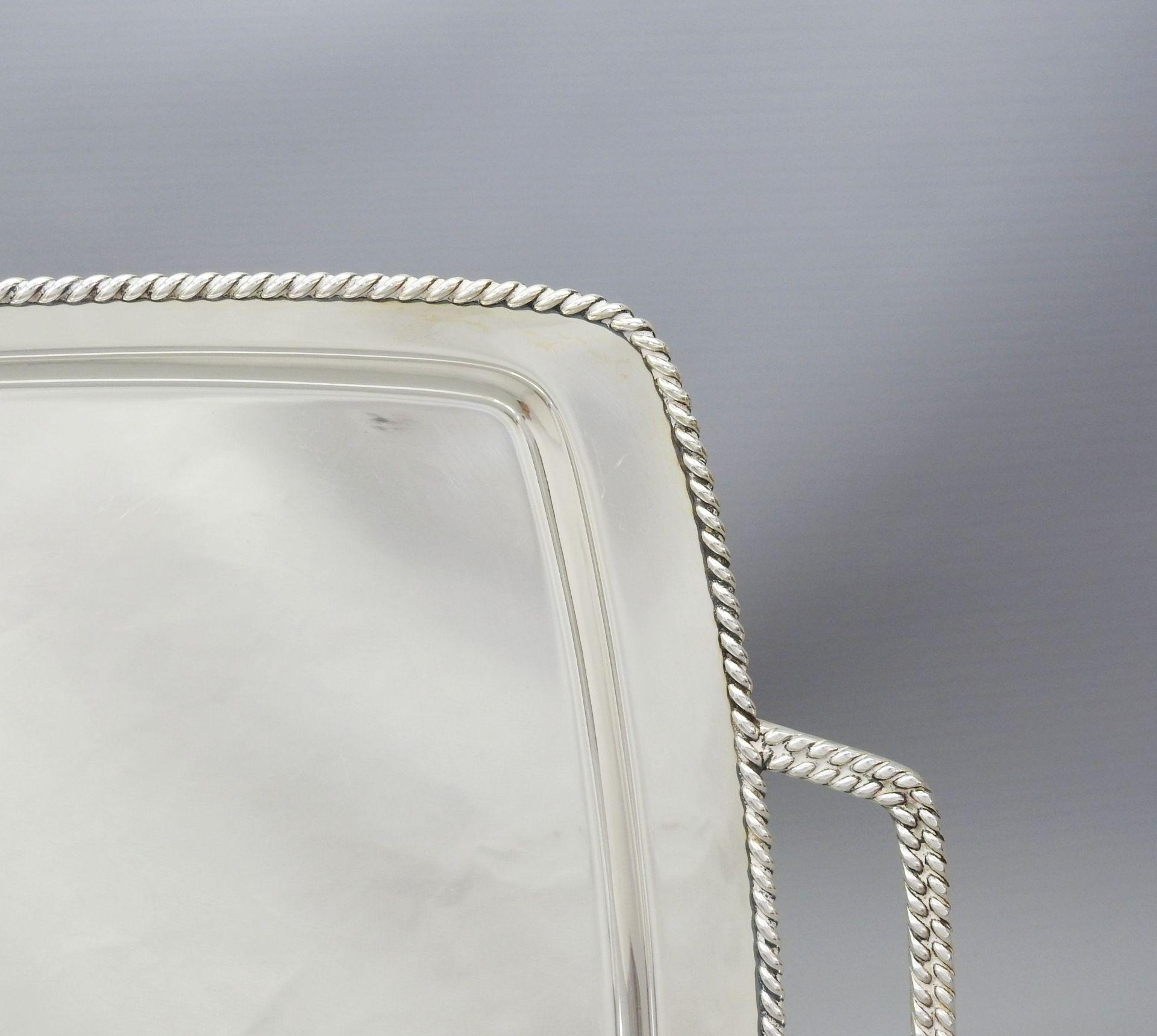 Großes formschönes Tablett - Bild 2 aus 5