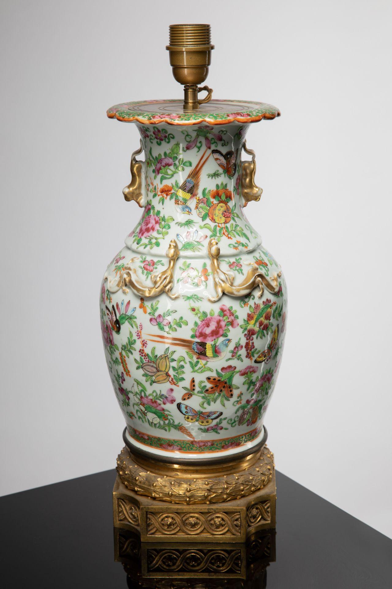 Kanton China Lamp base famille rose