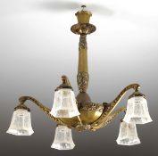 Jugendstil-Deckenlampe5-flg. Bronze. An facettiertem Schaft u. Kelchbaldachin abgehängte Sch